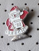 Happy New Year 1982 Christmas Santa Claus Slovenia Pin - Christmas