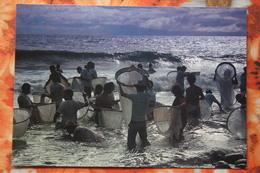 Reunion - Fishing - Old Postcard - Reunion