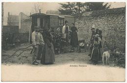 Gitan Forains Rom Gypsy Manouche Gens Du Voyage Roulotte Artistes Forains Bandoneon - Europe
