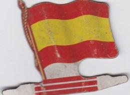 Figurine Publicitaire Biscuits L'Alsacienne - Drapeau - Espagne - Années 60/70 - Tôle - Drapeaurama - Reklame