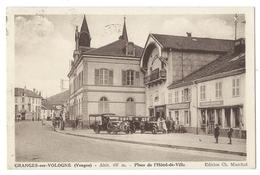 GRANGES Sur VOLOGNE (Vosges) Place De L'Hôtel De Ville - Belle Animation - Pompe à Essence - Granges Sur Vologne