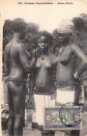 CPA SENEGAL AFRIQUE OCCIDENTALE JEUNES EBRIES FORTIER FILLE NU NUE NUDE GIRL - Senegal