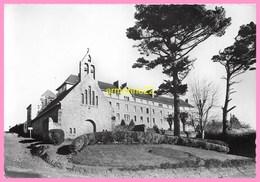 CPSM GUINGAMP Monastere Des Religieuses Augustines , Chapelle Et Communauté - Guingamp