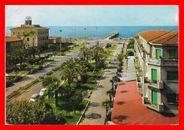 CPSM/gf MASSA (Italie)   Marina Di Massa, Place Betti. DS Citroën...G280 - Massa