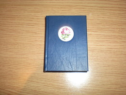 Mini Book HerendiPorcelan With Small Herendi Porcelan The Porcelain Rose Is On The Stem - Herend (HUN)