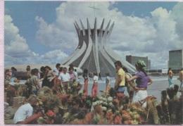 CPM - BRASILIA - CATHEDRALE (Marche) - Edition Foto - Brasilia