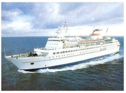 (136) Russian Cruise Ship M.V Belorussiya (with French Polymnesia Stamp And Tahiti Postmark) - Paquebots