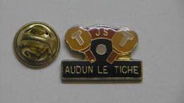Pin's - Tennis De Table Ville AUDUN LE TICHE - Table Tennis