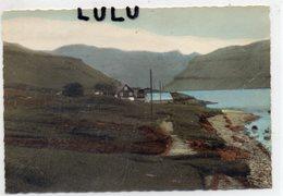 ILES FEROE : A Sundi ; édit. Jacobsens Bokahandil A Torshavn , Foto Pussi - Faroe Islands