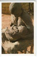 CPM A VOLET  SCULPTURE OUSMANE SOW      SERIE MASAI      LA MERE ET L ENFANT - Sculptures