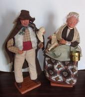 Ancien Couple De Santons De Provence Signes Claude Carbonel - Berger Et Bergere - Santons
