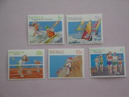 1990 Australie Yvert 1140/4 ** Sport  Scott 1114/8 Michel 1182/6  SG Xxx - 1990-99 Elizabeth II