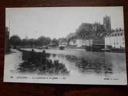 L3/171 Auxerre . La Cathédrale Et Les Quais - Auxerre