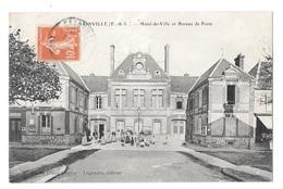(20398-28) Sainville - Hotel De Ville Et Bureau De Poste - Other Municipalities