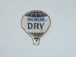 Pin's MONTGOLFIERE MICHELOB DRY BEER - Airships