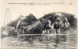 """L' Explosion Du Cuirassé  """"LIBERTE"""" A TOULON Le 25 Septembre 1911 - Après La Catastrophe  (106612) - Oorlog"""