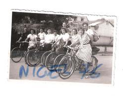 Photo Originale Groupe De FEMMES à VELO Au Rendez-vous Des ... - Cycling