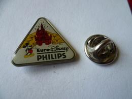 LOT DE 3 PIN'S  EURODISNEY  PHILIPS  MICKEY MINNIE - Disney