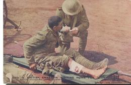 """CPA Soldats Anglais / British Soldiers  - A Chaplain Writing Home For """"Tommy"""" - Non Circulée - Uniformes"""