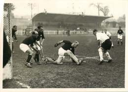 100618B - PHOTO DE PRESSE 1937 SPORT Match De Hockey Sur Gazon Allemage Suisse à La CROIX DE BERNY - Sporten