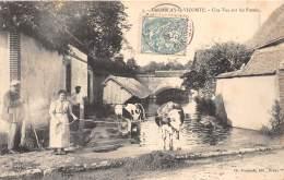28 - EURE ET LOIR / 284289 - Tremblay Le Vicomte - Une Vue Sur Les Fossés - Beau Cliché Animé - Autres Communes