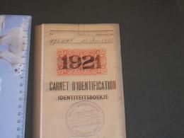 BRUXELLES OFFICE D'IDENTIFICATION  CARNET D'IDENTIFICATION Au Nom De Van Ackter Joseph Et Neukermans Marie Rose (1952) - Historische Dokumente
