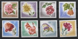 ALBANIA, FLOWERS MNH SET 1967 - Albanie