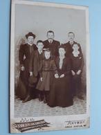 Familie / Famille ( CABINET FOTO A. VANDEN LANGENBERGH Anvers / Zie Foto's Voor Détail ) ! - Guerre, Militaire
