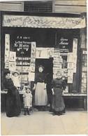 PARIS (75) Carte Photo Devanture Papeterie Cartes Postales Journaux Maison Faure 57 Rue Monge - Arrondissement: 05
