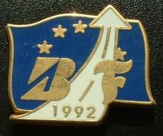 PNEU FIRESTONE BRIDGESTONE - 1992 - Badges