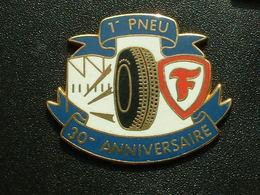 PIN'S PNEU FIRESTONE - 1er PNEU 30éme ANNIVERSAIRE - Badges