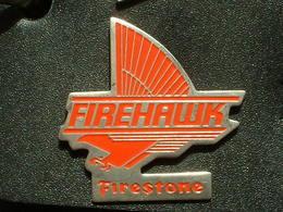 PIN'S PNEU FIRESTONE - FIREHAWK - Badges