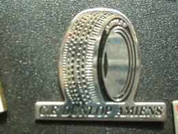 PIN'S PNEU DUNLOP - C.E AMIENS - Badges