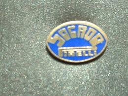 PIN'S PNEU PIRELLI - SOCADO - Badges