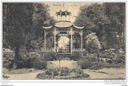 NIVELLES ..-- Brt Wall ..-- Le Parc Et Le Kiosque . 1921 Vers BRUXELLES ( Melle Suzanne GOOSSENS ) . Voir Verso . - Nivelles