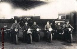 CARTE PHOTO :MOTARD MILITAIRE MOTO SEINE-MARITIME OU EURE SIDE-CAR CAMP MILITAIRE SOLDAT CAMION LES PIEDS-NICKELES - Motorräder