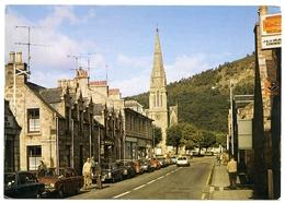 BALLATER : MAIN STREET - Aberdeenshire