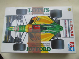 MAQUETTE A MONTER TAMIYA 1/20e / F1 FORMULE 1 LOTUS 107 FORD Complète Non Commencée - Cars