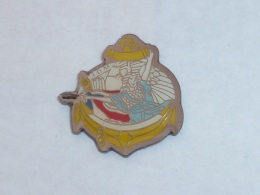 Pin's INSIGNE MARINE, ALLEGORIE - Army