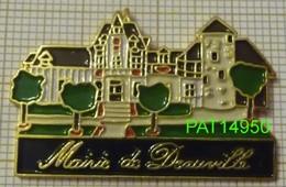 MAIRIE DE DEAUVILLE Dpt 14 CALVADOS - Cities