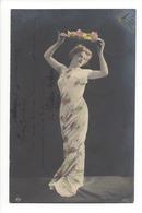 19925 - Superbe Femme Tenant Un Chapeau De Fleurs NPG 111/3 - Femmes