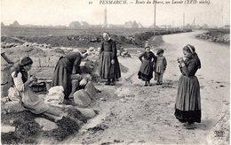 NW_29 PENMARC'H - Route Du Phare, Un Lavoir (XVIIè Siècle) Beau Plan De Lavandières (laveuses), Enfants - Penmarch