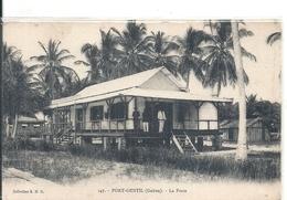 GABON - PORT GENTIL -La Poste - Gros Plan - Gabon