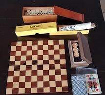 Lot VINTAGE De 4 Jeux Traditionnels Et Complets: DAMES, MIKADO,DOMINO, Jeu 32 CARTES PLASTIFIEES - Jouets Anciens