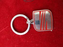 Automobile/SEAT/Bronze Chromé  Brillant Et Peint  / Vers 1990        POC275 - Porte-clefs