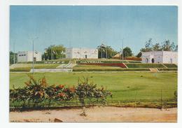 Cpm République Du Niger Musée National Les Grandes Terrasses - Niger