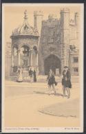 Cambridgeshire Postcard - Fountain Court, Trinity College, Cambridge   DC1577 - Cambridge