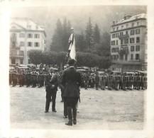 PHOTO CHAMONIX 1939-1940 - PRISE D'ARMES SUR LA PLACE Ou LIBERATION - Guerre, Militaire