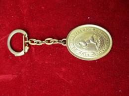 Porte-clés Publicitaire/Boisson/Vin Du Postillon//Laiton Doré/ IVRY Sur SEINE/Vers 1960-70  POC281 - Porte-clefs