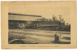 Dahomey Cotonou Le Depot Des Chemins De Fer Train Locomotive Gros Plan  1930 - Dahomey